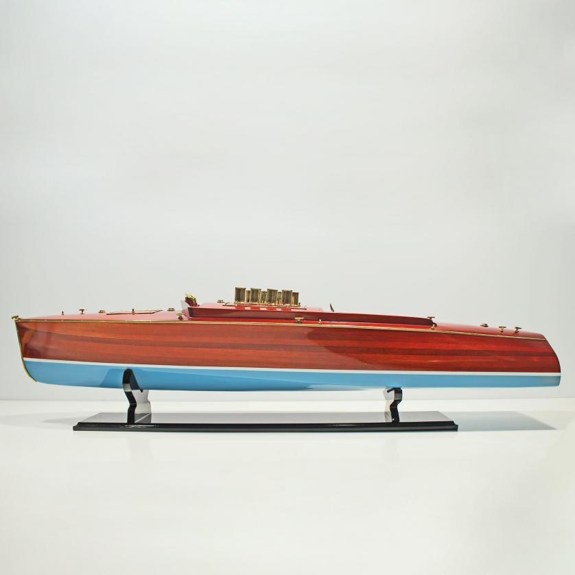 Handgefertigtes Schiffsmodell aus Holz der Dixie 2