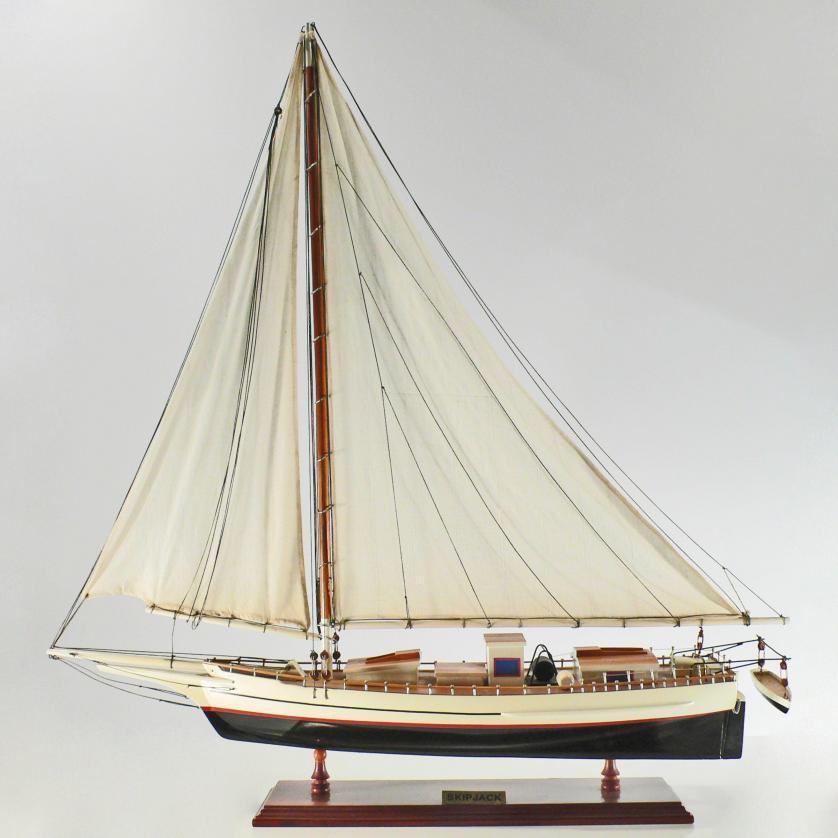 Handgefertigtes Schiffsmodell aus Holz der Skip Jack