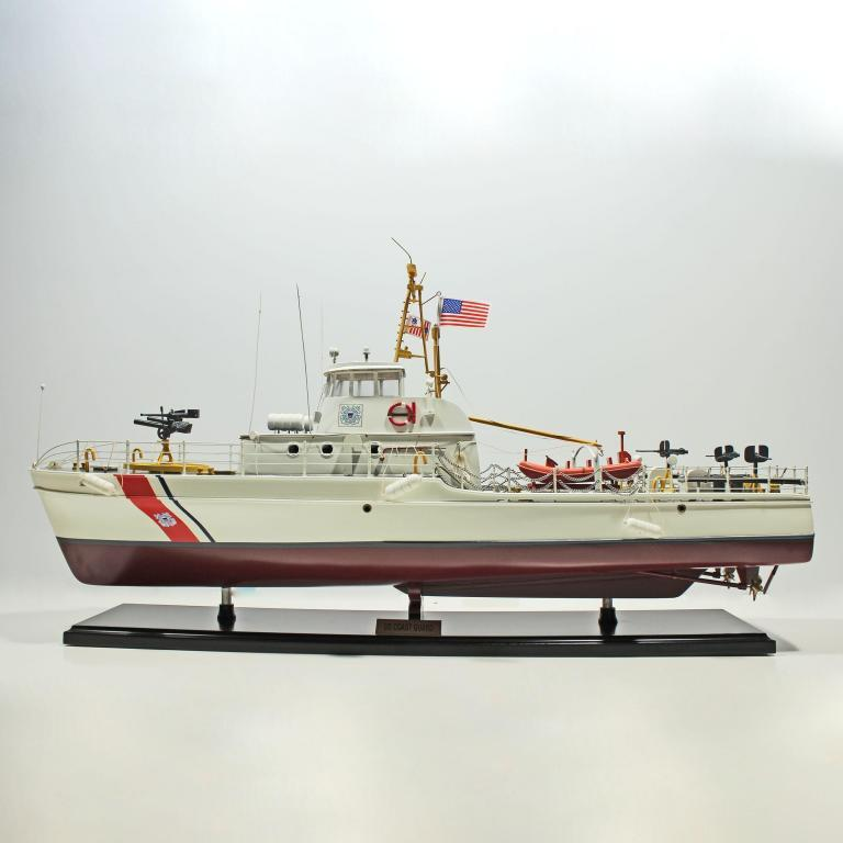 US-Coast-Guard-Friedenzeit-L80-01