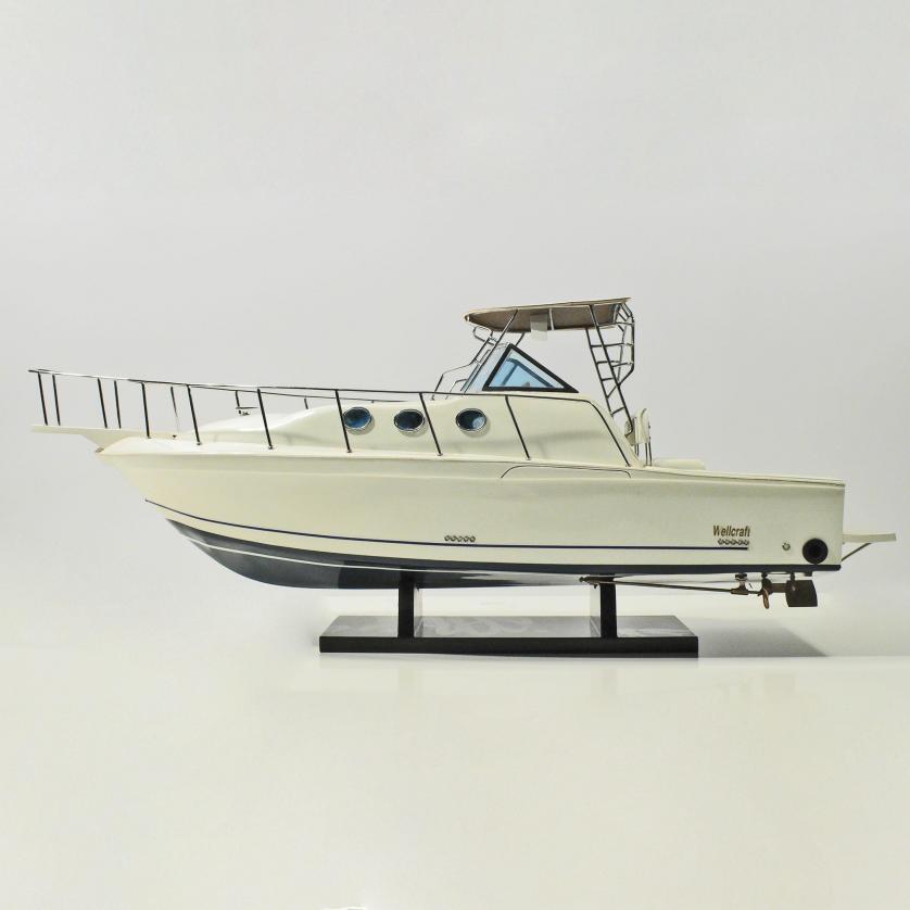 Handgefertigtes Schiffsmodell aus Holz der Wellcraft (70cm)