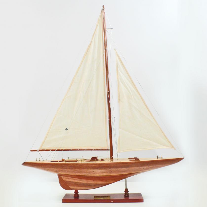 Handgefertigtes Segelschiffmodell der Columbia