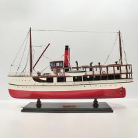 Handgefertigtes Schiffsmodell aus Holz der Earnslaw