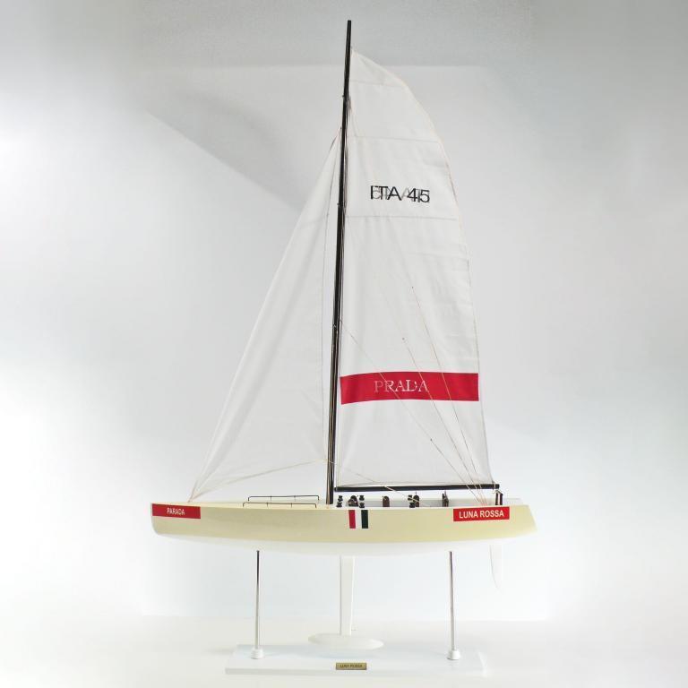 Luna Rossa Schiffsmodell