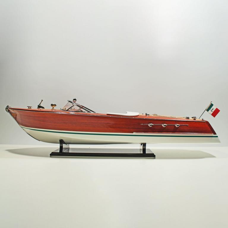 Handgefertigtes Schiffsmodell aus Holz der Riva Ariston