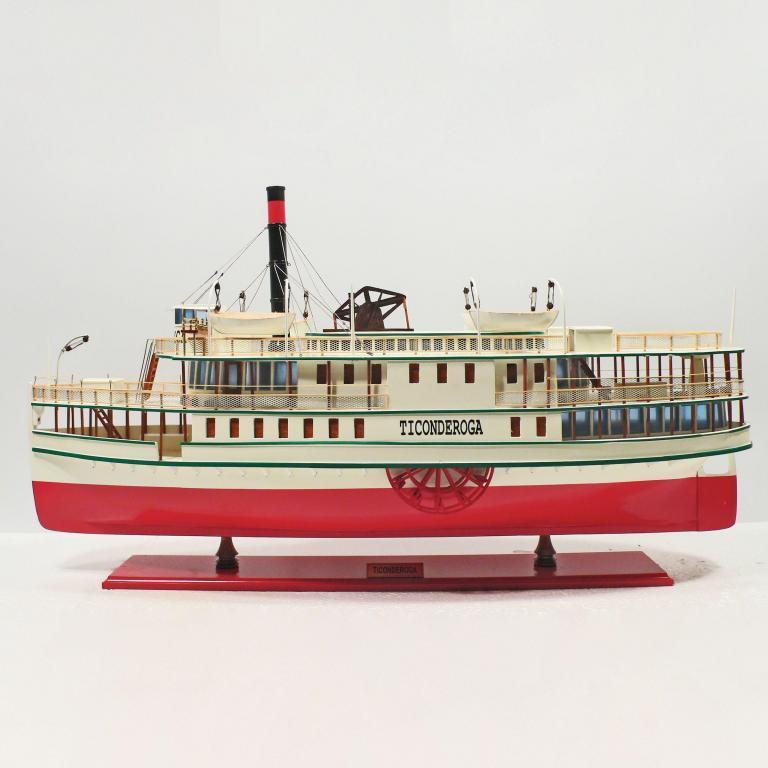 Handgefertigtes Schiffsmodell aus Holz der Ticonderoga