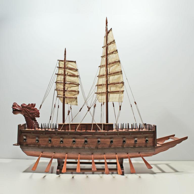 Handgefertigtes Schiffsmodell aus Holz der Turtle Schiffsmodell
