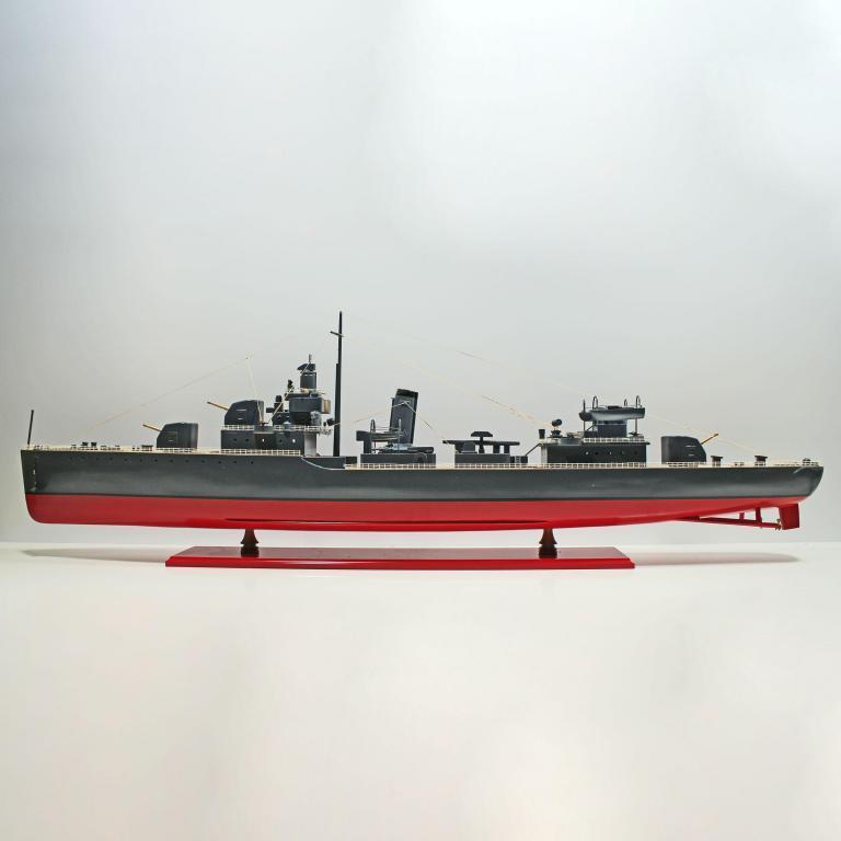 Handgefertigtes Schiffsmodell aus Holz der USS Sims