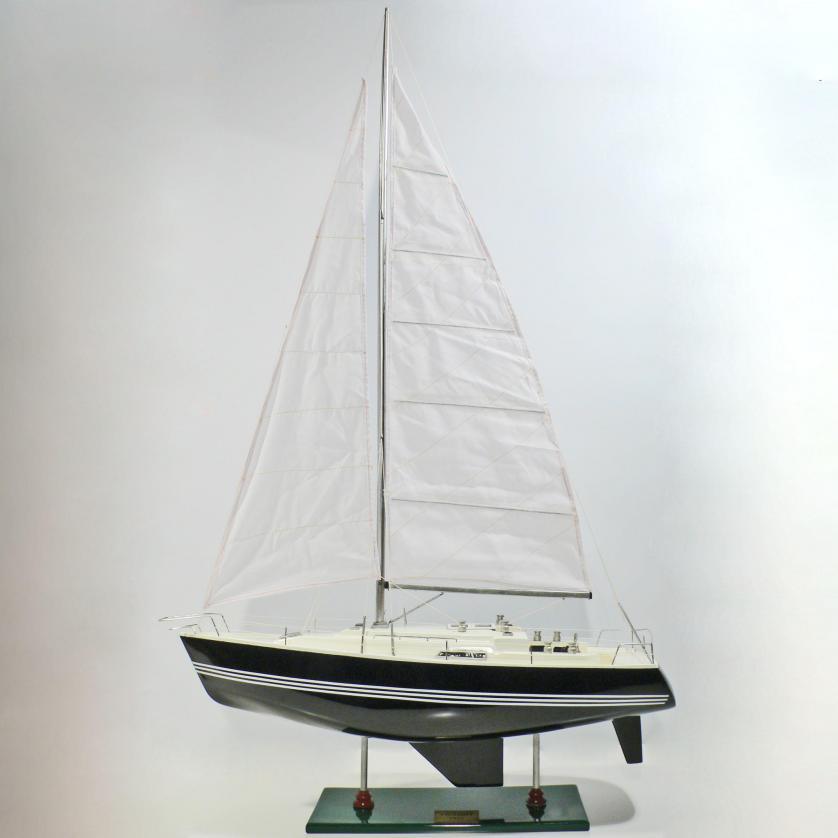 Handgefertigtes Schiffsmodell aus Holz der Victory (Segelschiffsmodell)